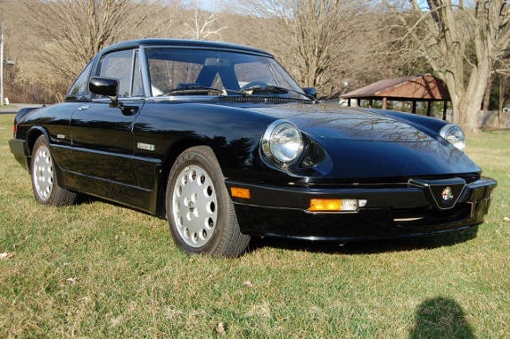 No Reserve: 1988 Alfa Romeo Spider Quadrifoglio for sale ...  |1988 Alfa Romeo Quadrifoglio