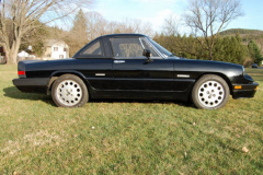 Alfa Romeo Quadrifoglio Spider Black 1988 Passenger Side View