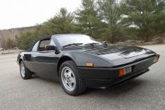 Ferrari Mondial Cab Black 1985
