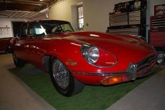 Jaguar-XKE-1