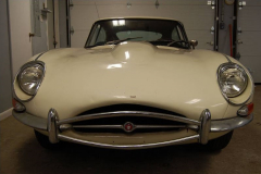 Jaguar XKE E Type Series 2 Coupe White 1970 Front View