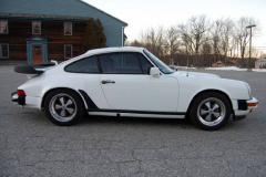 Porsche 911 SC Coupe White 1983 Passenger Side View