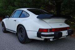 Porsche-911Turbo-4