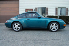 Porsche 993 Coupe Green 1996 Passenger Side View